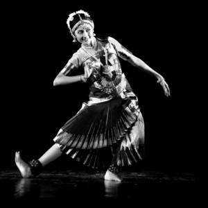 Madhyama Kolkata West Bengal Bharatanatyam Bollywood Folk Dance Classes At Your Home I Am A Grade A Dancer At Eastern Zonal Cultural Centre Kolkata M A In Bharatanatyam With 10 Years Of