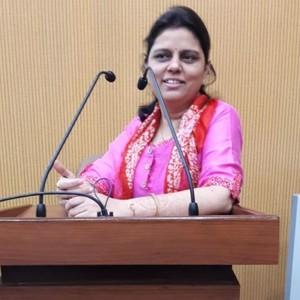 Urvashi - Hyderabad,Andhra Pradesh : Public speaking and