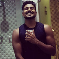 Diploma Holder in personal training from K11 Institute of Fitness Sciences gives personal weight training sessions for muscle building and fat loss