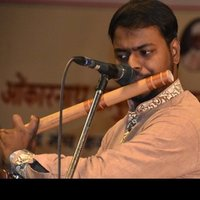 Flute teacher ( indian classical/light bollywood music)  _ 10 + years of experience