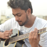 Guitar Teacher from Mumbai. giving private home tuitions for learning guitar from scratch.