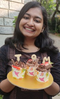 Hello Everyone I'm a student studying MBA in bangalore and I'm ready to teach my cooking and baking skills to you all.