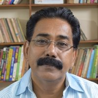 Hindi Educator, 30 years of experience, covers entire Hindi syllabus(10 to MA).