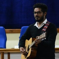 A law gradute and a passionate musician..served as the president of music society in DU..a stage performer with 5 years of experience..provides online and offline guitar classes in New Delhi