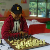 Learn with Fun and Tricks chess in the process of becoming champion
