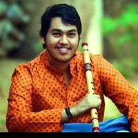 A performing artist (flute) with 10years of experience gives you tuitions at home