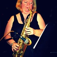 Saxophonist, with over 20 years of professional experience, gives online classes - Goa