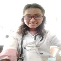 Sneha survase a student from veterinary school, studying in 4th year gives tutions for biology