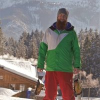 Snowboarding theory lessons, over 18 years of experience and teaching for 6 years.