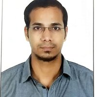 A software engineer professional who has experience in teaching students on various training programs for engineering colleges