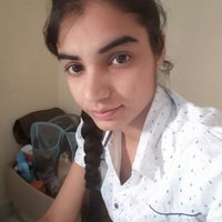 Student in medical field gives tution of biology physics and chemistry for school to college