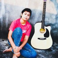 6 years experience in guitar..i am efficient to make u play guitar effortlessly with music theory.